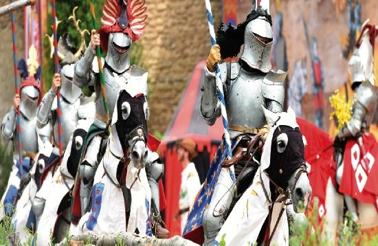 Séjour MUROL - MASSIF CENTRAL Expérience Médiévale1